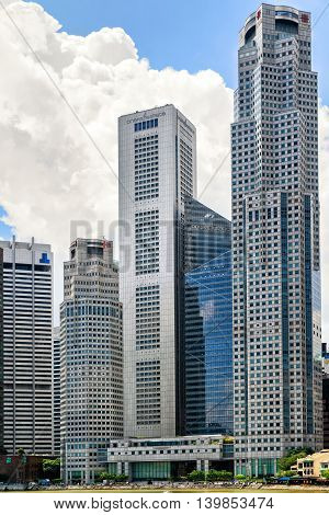 One Raffles Place And Uob Plaza Building In Singapore Skyline