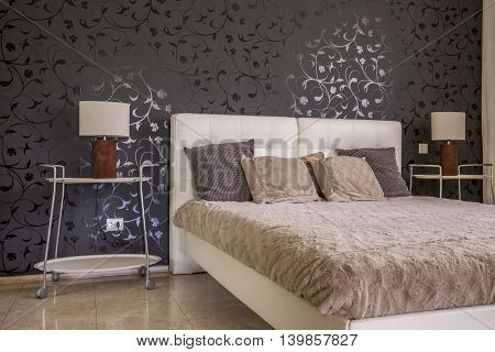 Discrete Elegance Of Dark Bedroom Decor