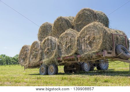 loaded trailer for collecting hay in the fields