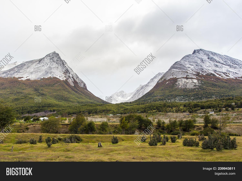 U-shaped Glacier Image & Photo (Free Trial) | Bigstock