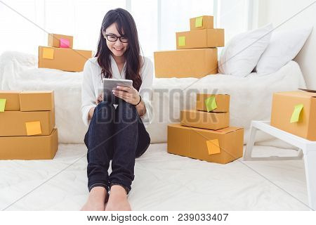 Beauty Asian Woman Using Tablet And Start Up Small Business Entrepreneur Sme And Checking Order List