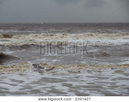 Raging Waves