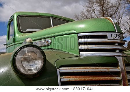 Lake Park, Minnesota, April 24, 2018: The Old Green Gmc Pickup From The 40`s Is A Gmc From General M