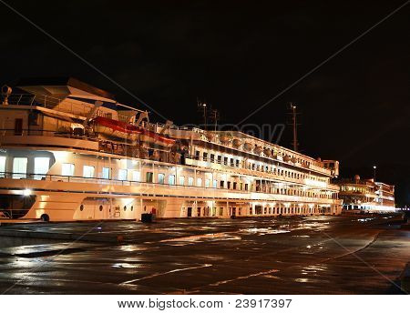 Night view of cruise boat .