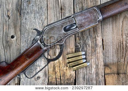 Antique 1876 Lever Action 45-60 Old Cowboy Rifle .