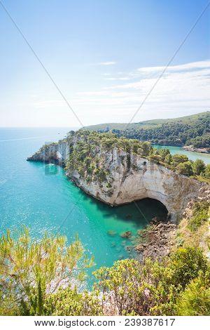 Grotta Della Campana Piccola, Apulia, Italy - Visiting The Famous Grotto Near Vieste