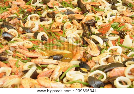The Preparation Of A Gigantic Paella With Seafood - Iseo - Lombardy - Italy 058