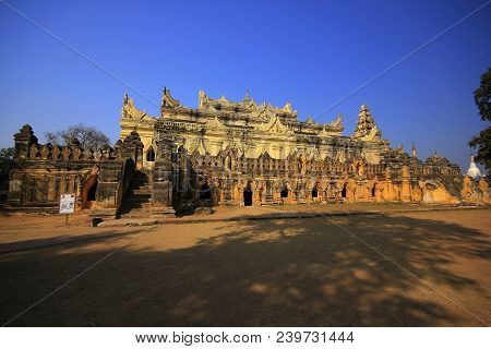 Temple Of Amarapura Maha Aung Mye Bon Zan