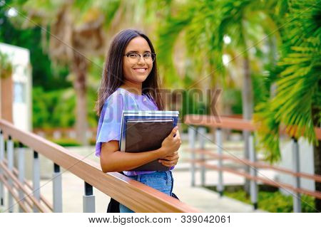 20s Years Student Smiling Outdoor In University Campus
