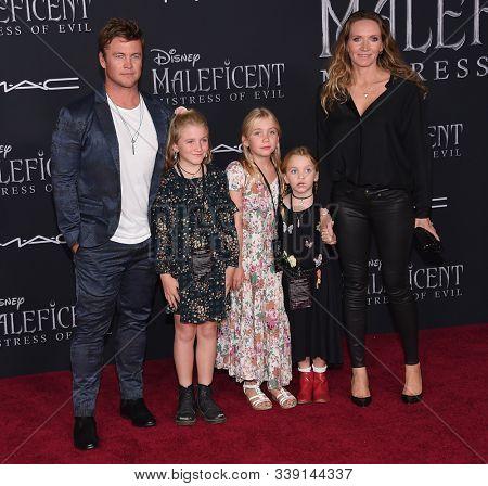 LOS ANGELES - SEP 30:  Luke Hemsworth, Holly, Harper Rose, Alexandre and Samantha Hemsworth arrives for 'Maleficent: Mistress of Evil' World Premiere September 30, 2019