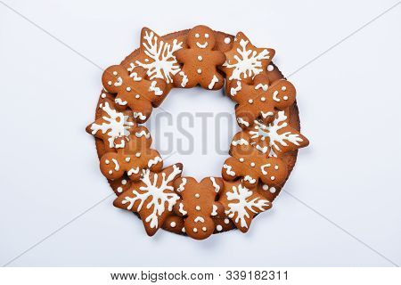 The Hand-made Eatable Gingerbread Christmas Wreath On White Background