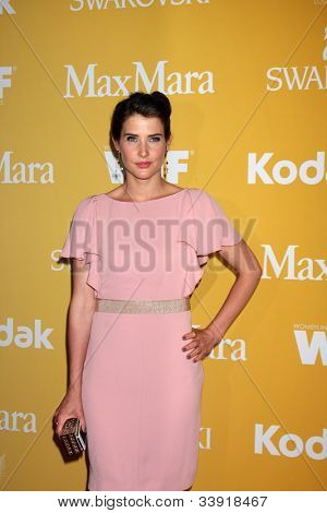 LOS ANGELES - JUN 12:  Cobie Smulders arrives at the City of Hope's Music And Entertainment Industry Group Honors Bob Pittman Event at Beverly Hilton Hotel on June 12, 2012 in Beverly Hills, CA