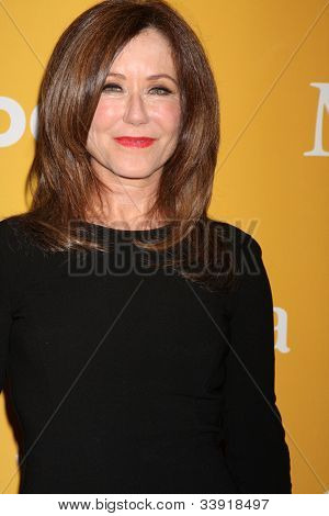 LOS ANGELES - JUN 12:  Mary McDonnell arrives at the City of Hope's Music And Entertainment Industry Group Honors Bob Pittman Event at Beverly Hilton Hotel on June 12, 2012 in Beverly Hills, CA