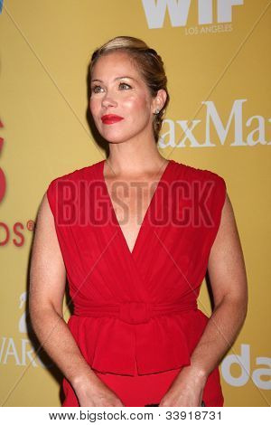 LOS ANGELES - JUN 12:  Christina Applegate arrives at the City of Hope's Music And Entertainment Industry Group Honors Bob Pittman Event at Beverly Hilton Hotel on June 12, 2012 in Beverly Hills, CA