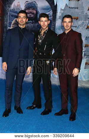 LOS ANGELES - DEC 9:  Joe Jonas, Nick Jonas, Kevin Jonas at the
