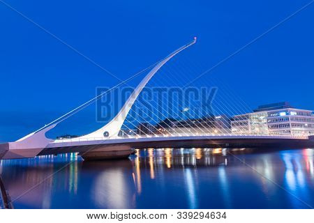 Dublin, Ireland - November 5, 2019: Samuel Beckett Bridge Over Liffey River At Night.