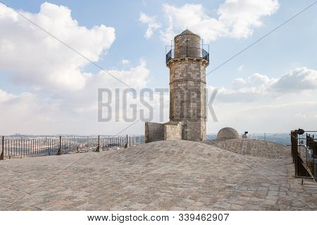 Jerusalem, Israel, December 07, 2019 : The Minaret And The Mosque Roof Of The Muslim Part Of The Gra