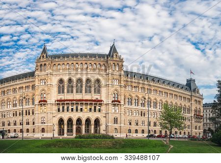 Vienna, Austria - August 20, 2019: Beautiful Facade Of Town Hall Or Rathaus Under Blue Cloudy Sky In