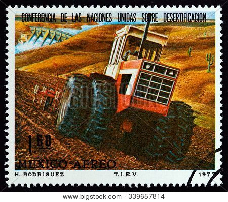 Mexico - Circa 1977: A Stamp Printed In Mexico Issued For The United Nations Conference On Desertifi