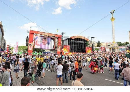 Euro2012 View at part of Official Fan Zone on Krestchatick