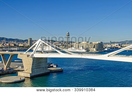 Barcelona, Spain - November 10, 2018: Port Vell With Its Bridge Porta Deuropa, The Moll Ponent, A To