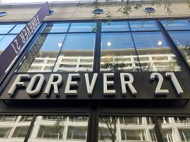 Chicago, Il October 14, 2019, Forever 21 Fashion Store Front Entrance Sign On State Street