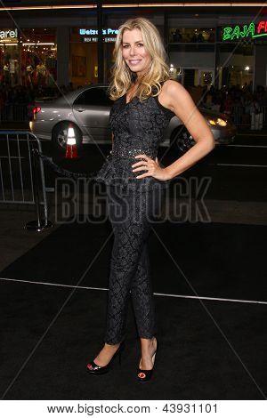 LOS ANGELES - MAR 28:  Aviva Drescher arrives at the