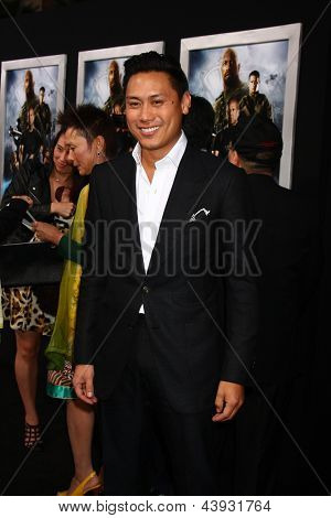 LOS ANGELES - MAR 28:  Jon M. Chu arrives at the