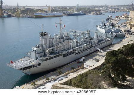 Chinese warship Qinghaihu