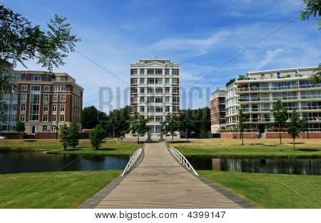 Classic Condominium With Garden