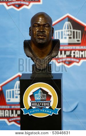 CANTON, OH-AUG 3: The bust of former Dallas Cowboys offensive lineman Larry Allen on display during the NFL Class of 2013 Enshrinement Ceremony at Fawcett Stadium on August 3, 2013 in Canton, Ohio.