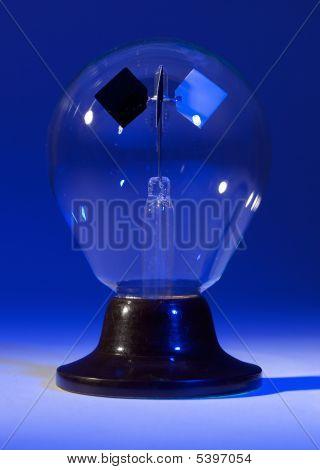 Blue Lighted Solar Spinner