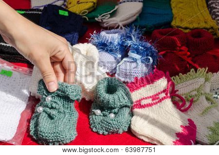 Hand Take Wool Knitted Warm Cozy Baby Shoes