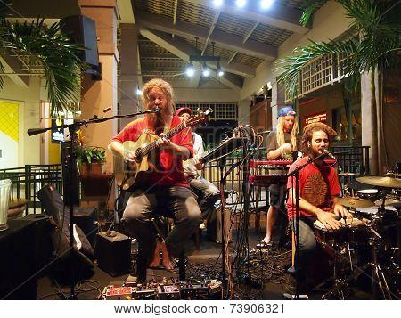 Band Mike Love Jams Sings And Jams At Mai Tai Bar