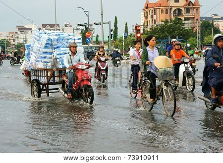 Ho Chi Minh City, Lood Tide, Flooded Water