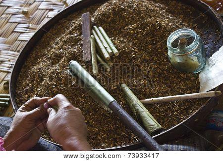 Making Burmese Cigars
