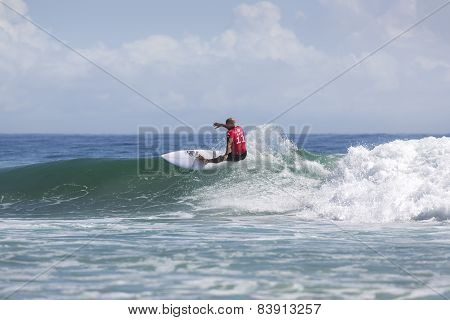 Kelly Slater competing in the Quicksilver Pro at Snapper Rocks