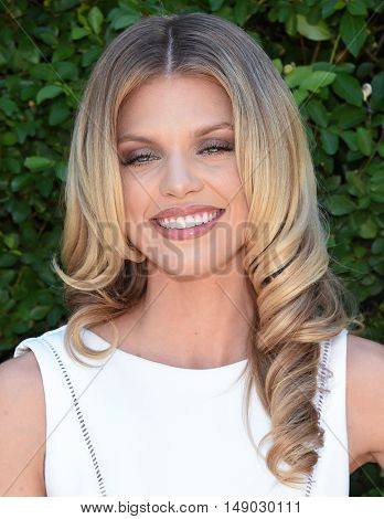 LOS ANGELES - SEP 25:  AnnaLynne McCord arrives to The Rape Foundation Annual Brunch on September 25, 2016 in Beverly Hills, CA
