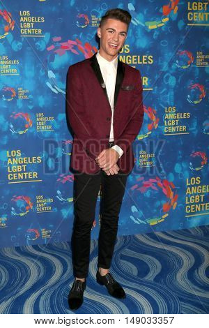 LOS ANGELES - SEP 24:  Jordan Doww at the Los Angeles LGBT Center 47th Anniversary Gala Vanguard Awards at the Pacific Design Center on September 24, 2016 in West Hollywood, CA