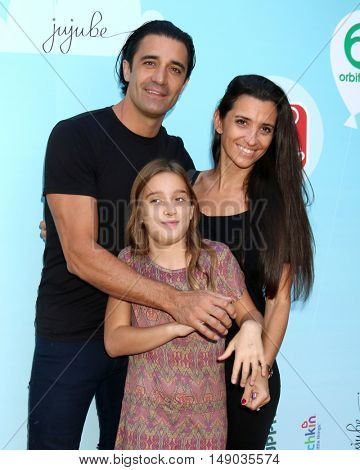 LOS ANGELES - SEP 24:  Gilles Marini, Juliana Marini, Carole Marini at the 5th Annual Red Carpet Safety Awareness Event at the Sony Picture Studios on September 24, 2016 in Culver City, CA