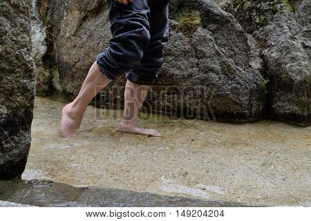 Treading water as a treatment after Kneipp - Close-up