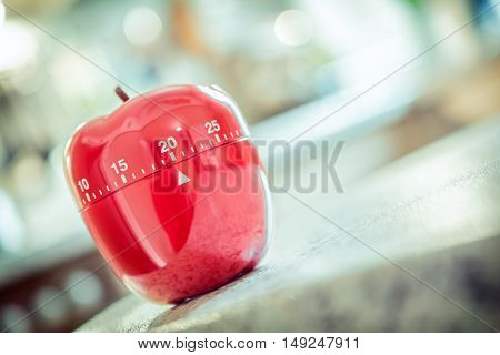20 Minutes - Red Kitchen Egg Timer In Apple Shape