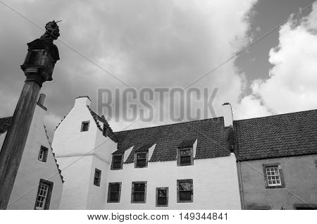 An exterior view of the architecture of Culross