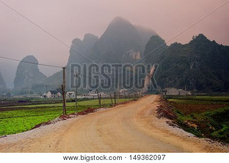 On the street to Ban Gioc fall in Cao Bang