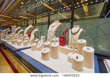 HONG KONG - CIRCA JANUARY, 2016: a display window in a jewellery store. A jewellery store is a retail business establishment, that specializes in selling jewellery and watches