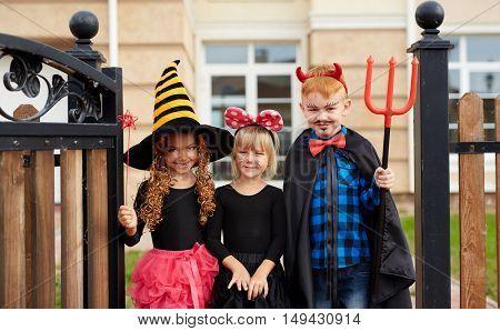 Halloween trickers