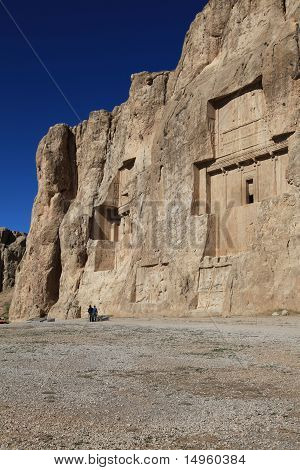 NAQSH-E ROSTAM - Grave of kings