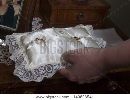 Details Of Wedding Rings