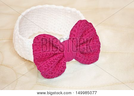 crochet baby headband with pink bow - baby shower present