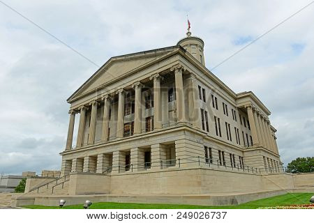Tennessee State Capitol, Nashville, Tennessee, USA. This building, built with Greek Revival style in 1845, is now the home of Tennessee legislature and governors office. poster
